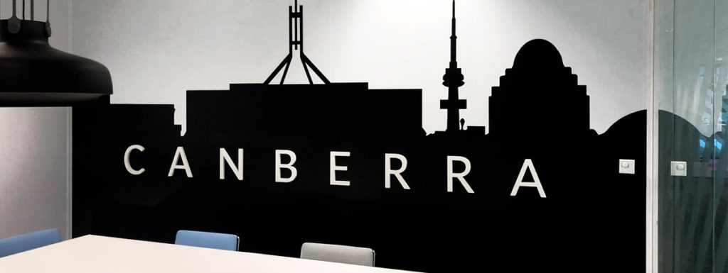 Décoration bureau avec un adhésif noir style international Canberra