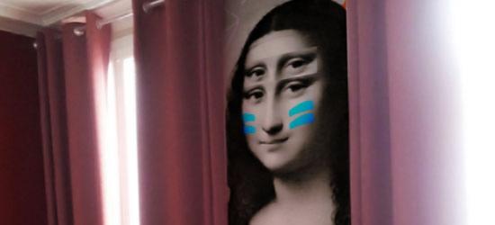 Décoration murale pour hotel avec visage Joconde