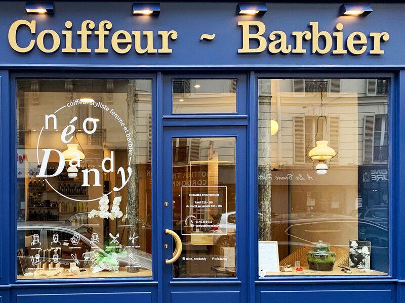 devanture-vitrophanie-coiffeur-barbier-salon-coiffure-design-paristic